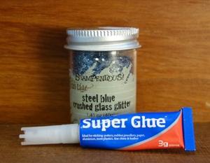 glitter and glue small